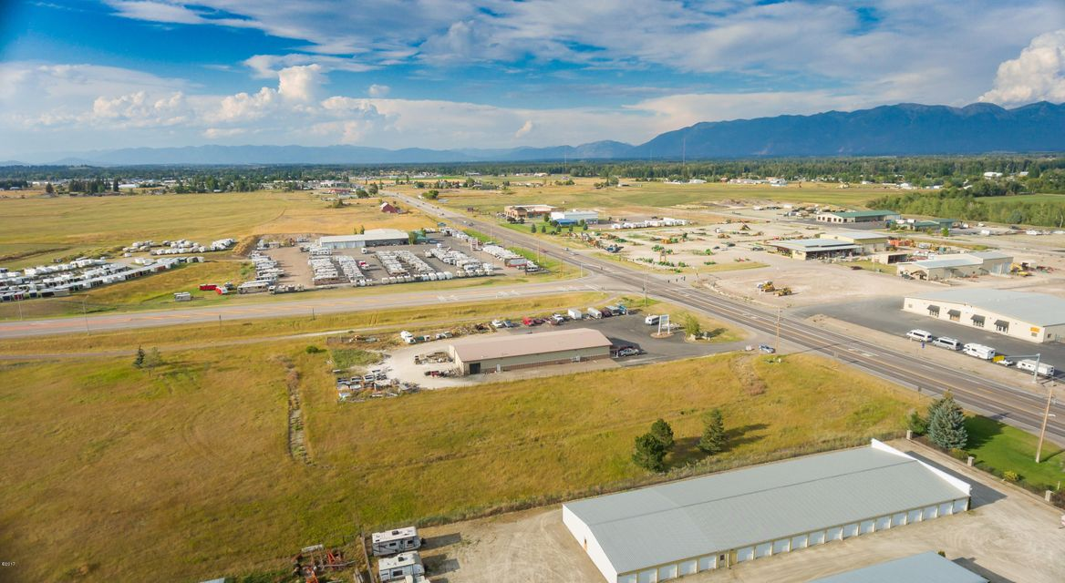 Additional photo for property listing at 3178 Highway 93 3178 Highway 93 Kalispell, Montana 59901 United States