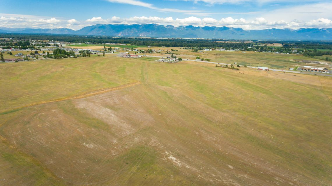 Additional photo for property listing at Nhn  Highway 93 Nhn  Highway 93 Kalispell, 蒙大拿州,59901 美國