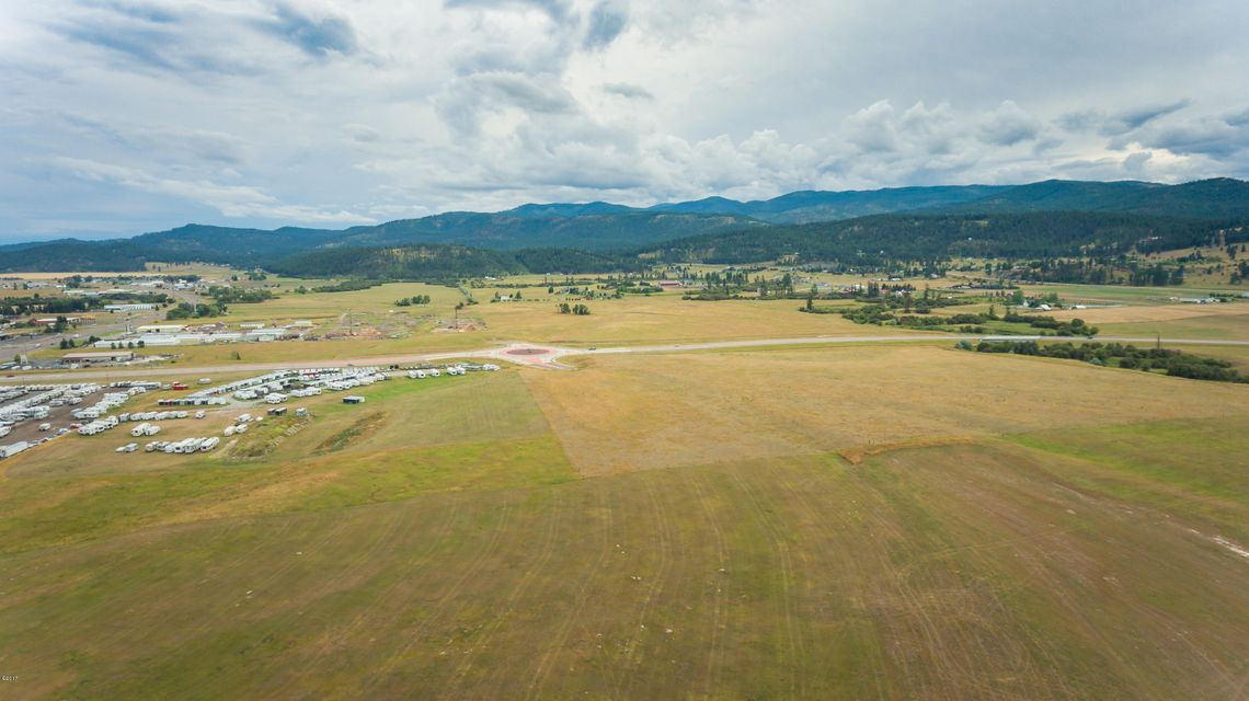 Additional photo for property listing at Nhn  Highway 93 Nhn  Highway 93 Kalispell, Montana,59901 Estados Unidos