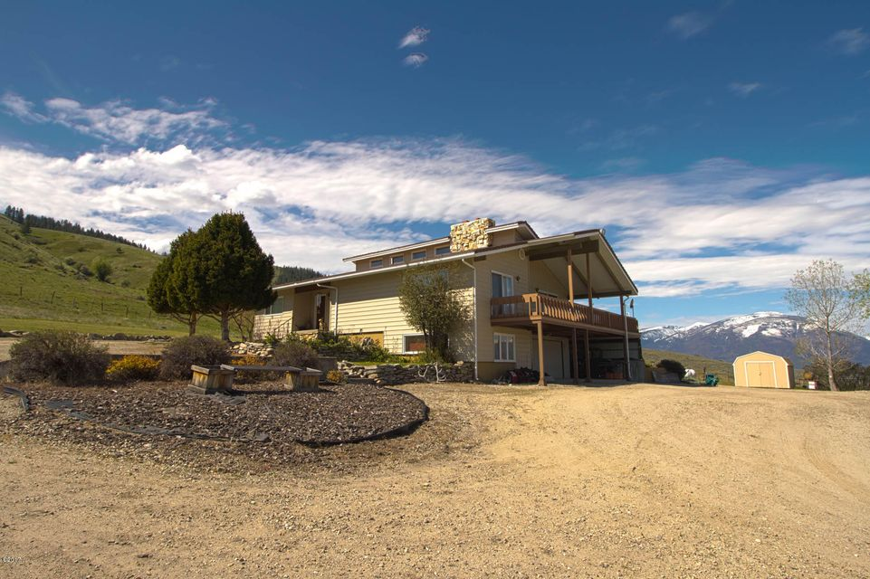 Single Family Home for Sale at 1117 Skalkaho Hwy 1117 Skalkaho Hwy Hamilton, Montana 59840 United States