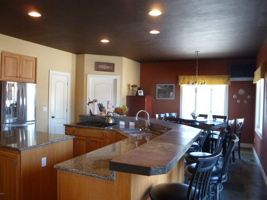 Additional photo for property listing at 332 Stillwater Loop  Kalispell, Montana 59901 United States