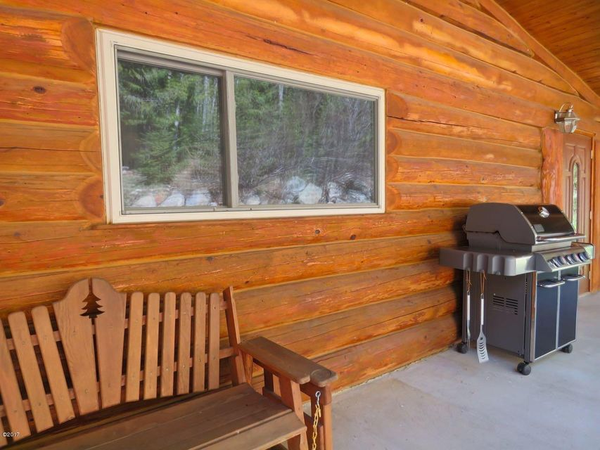Additional photo for property listing at 637 Mary Way  Troy, Montana 59935 United States