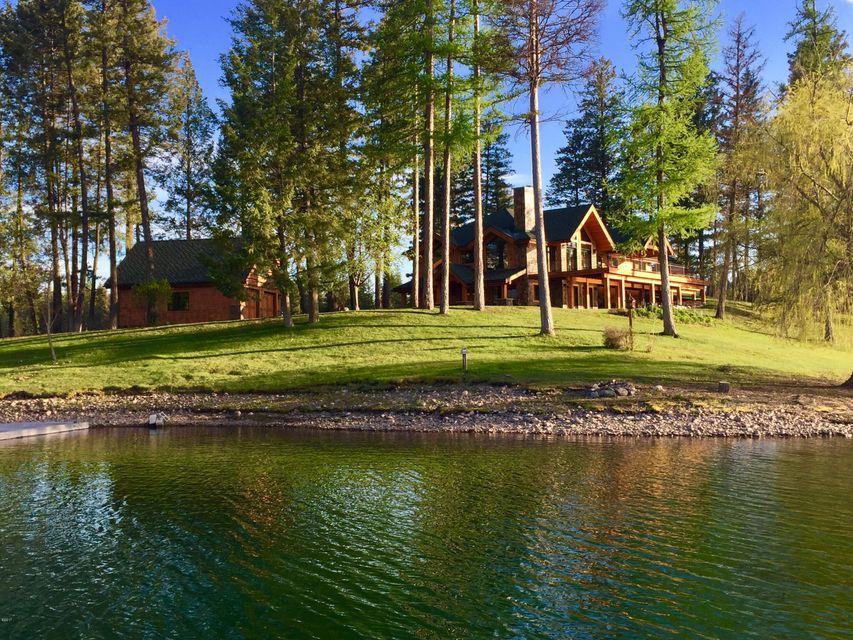 Single Family Home for Sale at 569 East Village Drive Bigfork, Montana 59911 United States