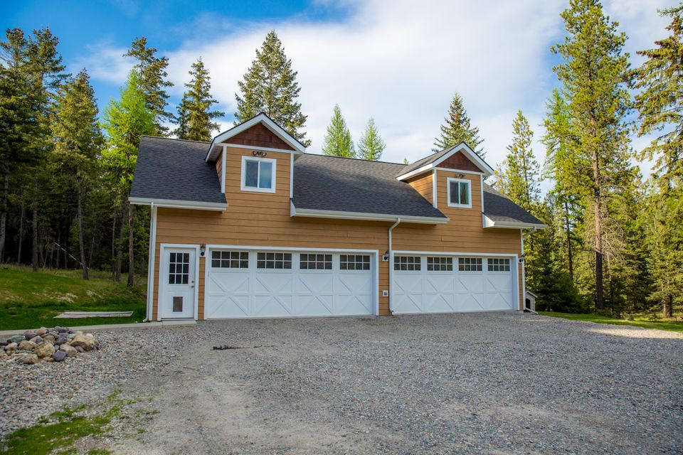 Additional photo for property listing at 115 Wagon Wheel Road  Whitefish, Montana 59937 United States