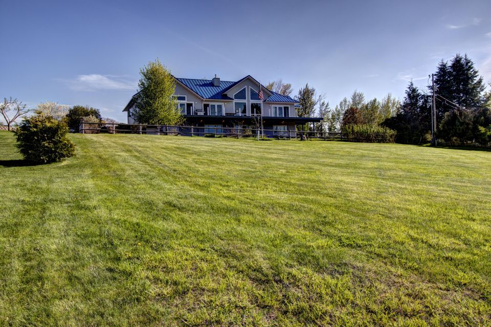 Single Family Home for Sale at 36207 Acre View Drive Polson, Montana 59860 United States