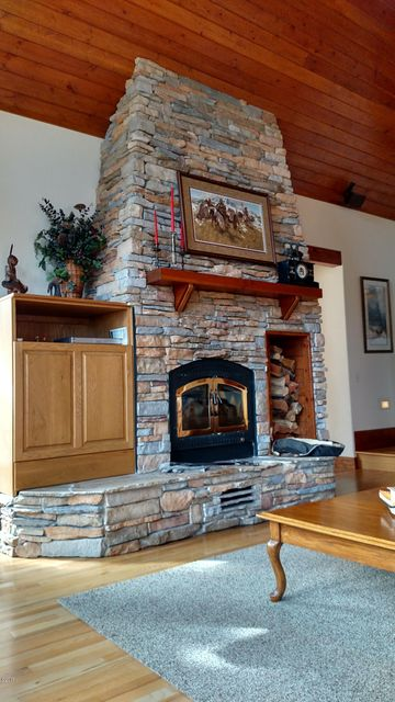 Additional photo for property listing at 2020 Lynn Lane  Victor, Montana 59875 United States