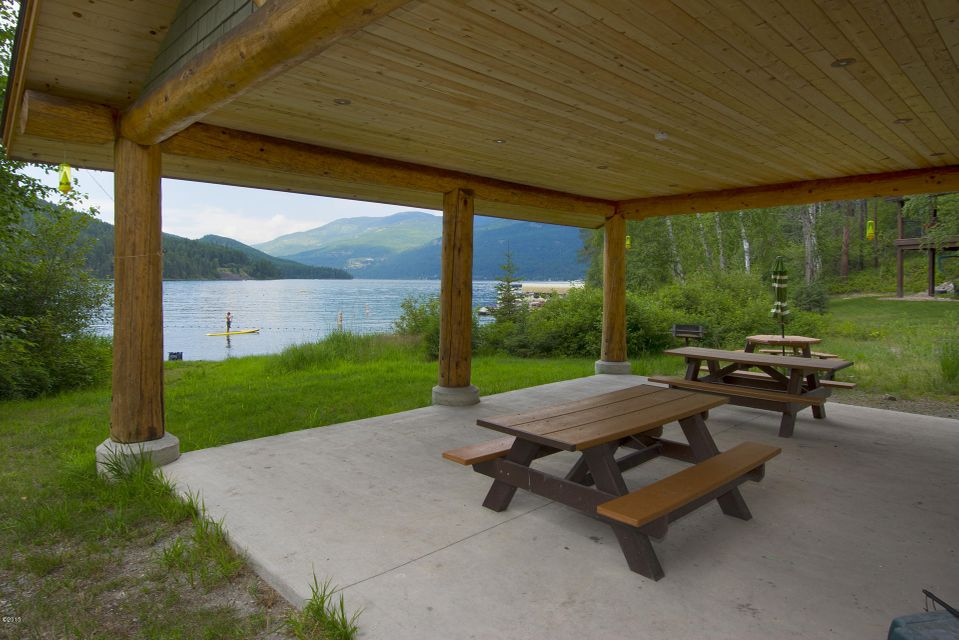 Additional photo for property listing at East Inspiration Drive  Whitefish, Montana 59937 United States