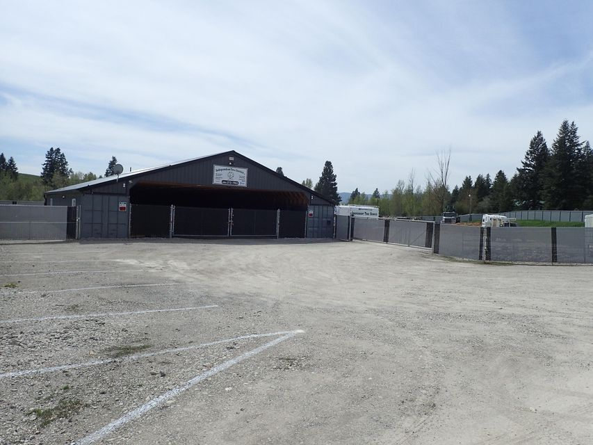 Additional photo for property listing at 2526/2530 Highway 2 West  Kalispell, Montana 59901 United States