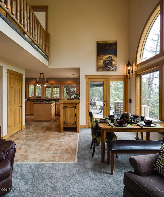 Additional photo for property listing at 32 Nelsoncrest Place  Whitefish, Montana 59937 United States
