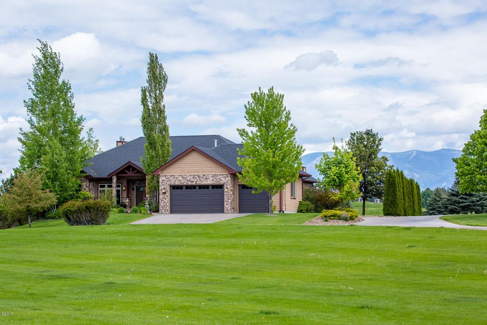 Single Family Home for Sale at 317 Fox Hollow Road Kalispell, Montana 59901 United States