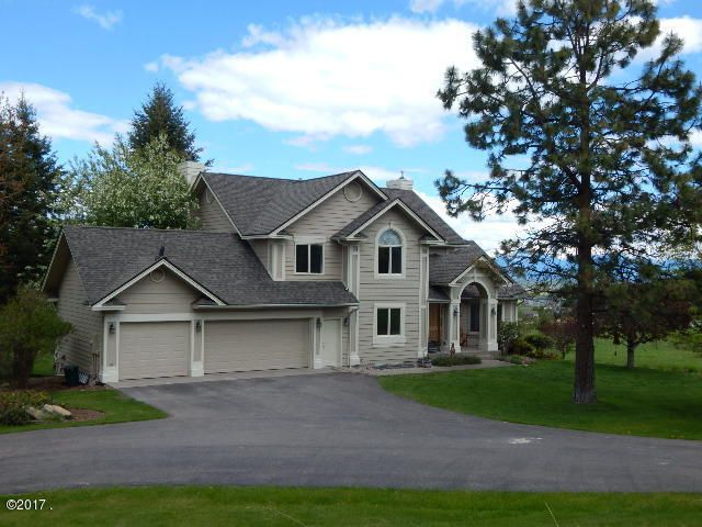 Single Family Home for Sale at 410 Lake Hills Lane Kalispell, Montana 59901 United States