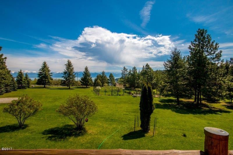 Additional photo for property listing at 375 Political Hill Road  Lakeside, Montana 59922 United States