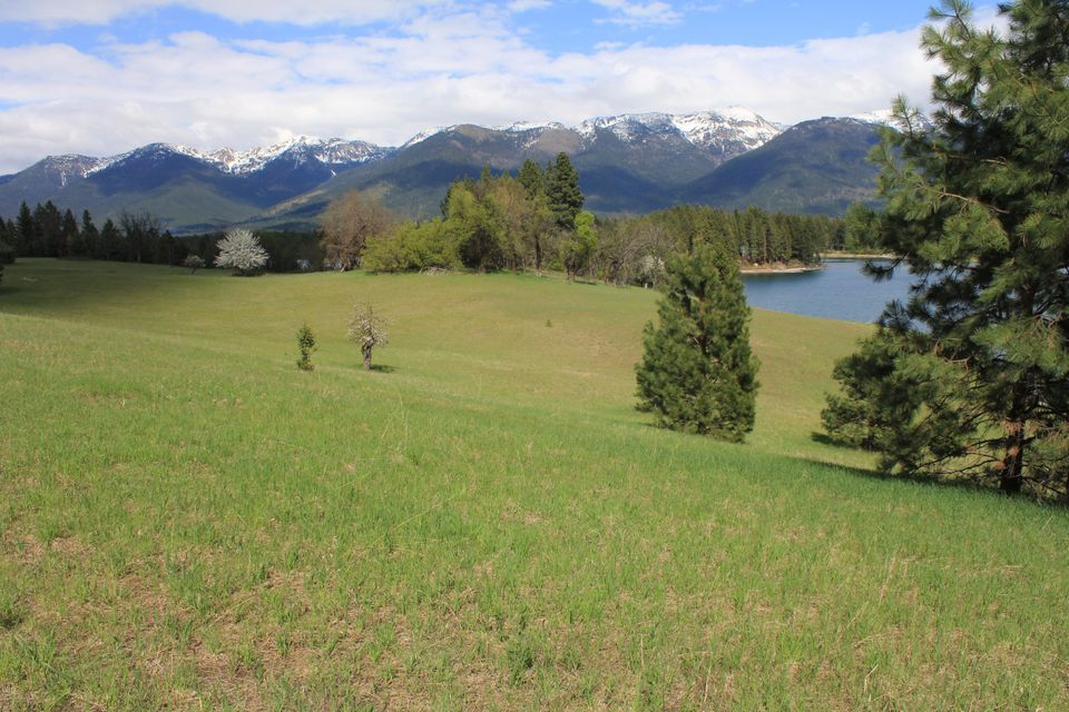 Additional photo for property listing at Echo Chalet Drive  Bigfork, Montana 59911 United States