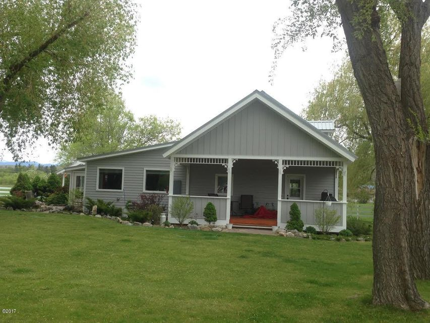 Additional photo for property listing at 182 Camas Creek Loop  Hamilton, Montana 59840 United States