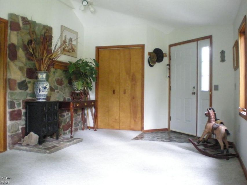 Additional photo for property listing at 890 Mccaffery Road  Bigfork, Montana 59911 United States