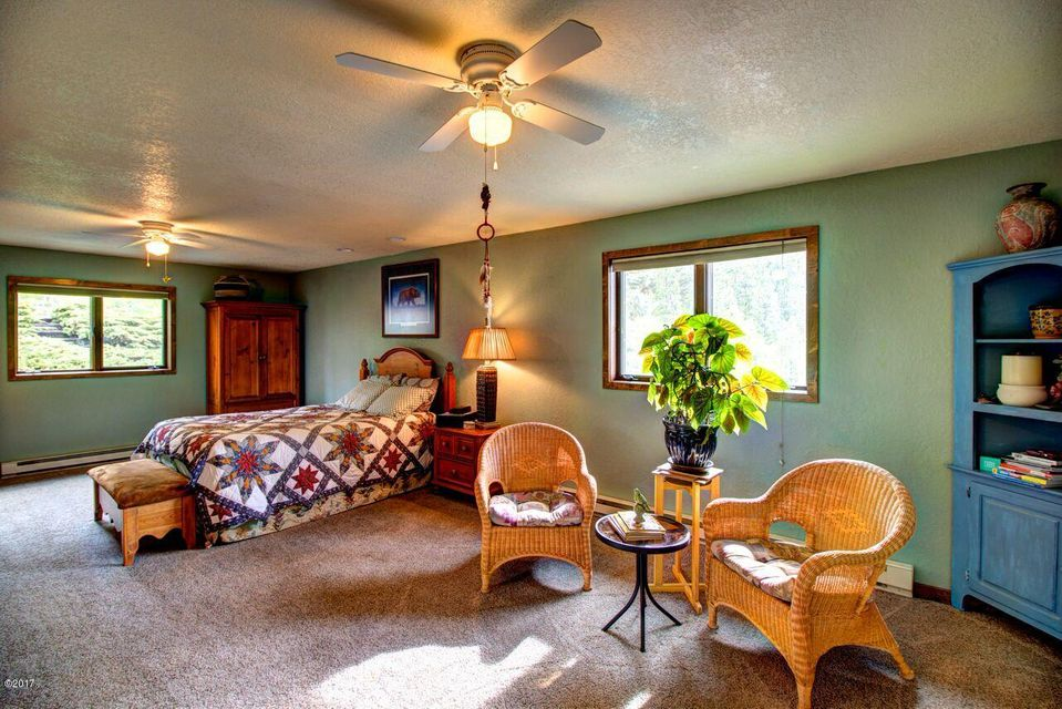 Additional photo for property listing at 514 Claffey Drive 514 Claffey Drive Polson, Montana 59860 United States