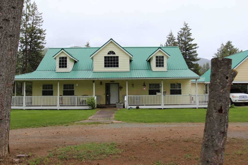 Single Family Home for Sale at 239 Lozeau Lane Superior, Montana 59872 United States