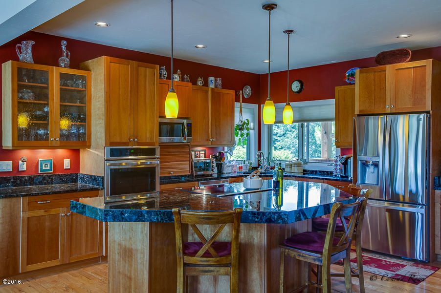 Additional photo for property listing at 336 Plantation Drive  Kalispell, Montana 59901 United States
