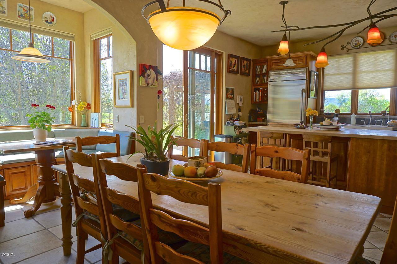 Additional photo for property listing at 2230 Riverside Road  Bigfork, Montana 59911 United States