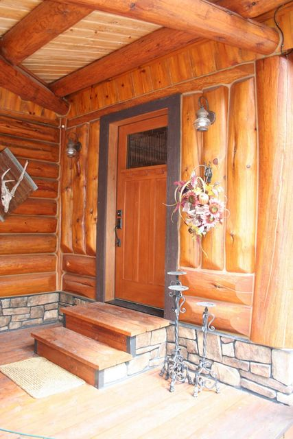 Additional photo for property listing at 570 Cherry Creek Road  Thompson Falls, Montana 59873 United States