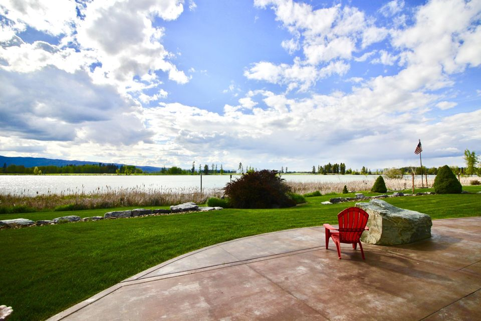 Single Family Home for Sale at 251 Harbor Drive Bigfork, Montana 59911 United States