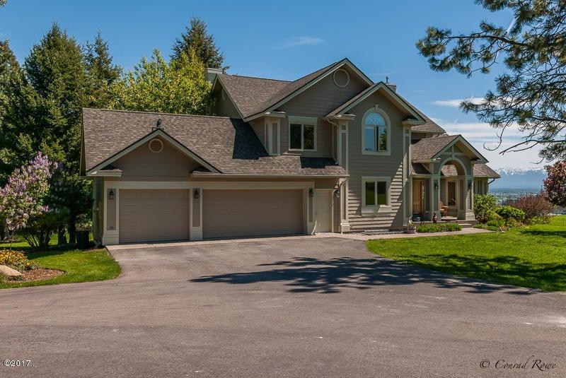 Single Family Home for Sale at 410 Lake Hills Lane Kalispell, Montana 59901 United States