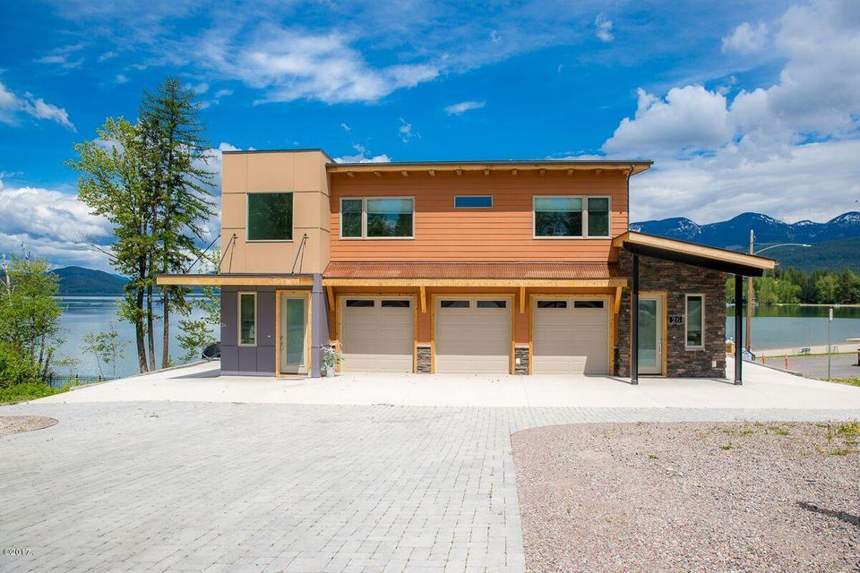 Single Family Home for Sale at 26 Woodland Place Whitefish, Montana 59937 United States