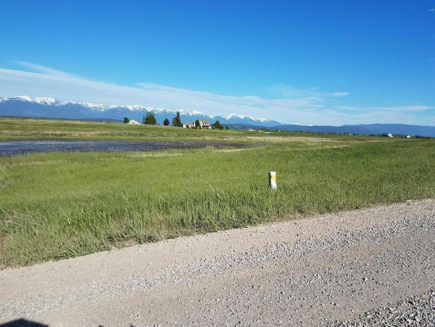 Additional photo for property listing at 655 Farm Road  Kalispell, Montana 59901 United States