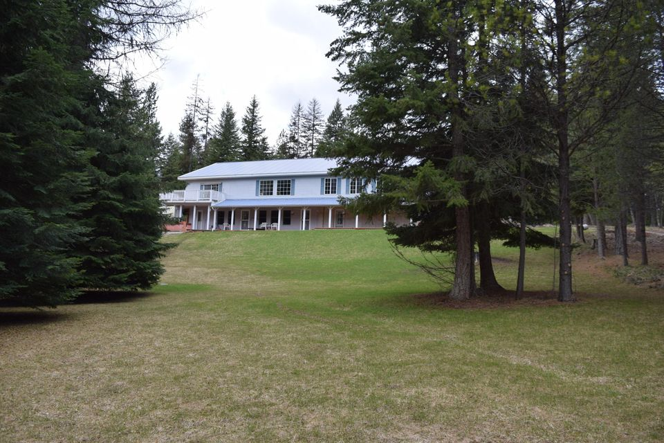 Single Family Home for Sale at 302 Schoolhouse Lake Road 302 Schoolhouse Lake Road Troy, Montana 59935 United States