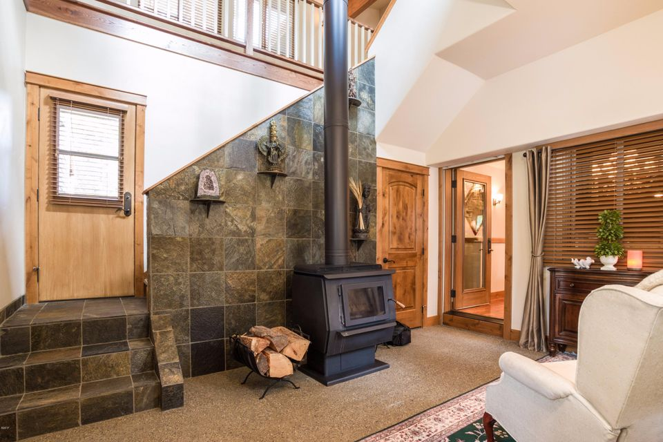 Additional photo for property listing at 109 Upper Pierce Lane 109 Upper Pierce Lane Bigfork, Montana 59911 United States