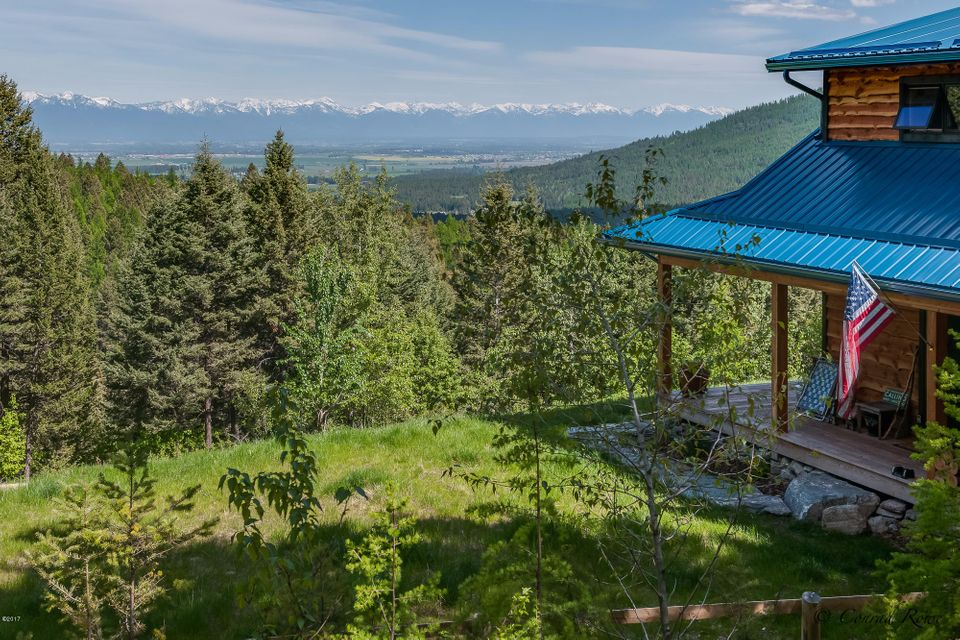 Single Family Home for Sale at 650 Saddlewood Drive Kalispell, Montana 59901 United States
