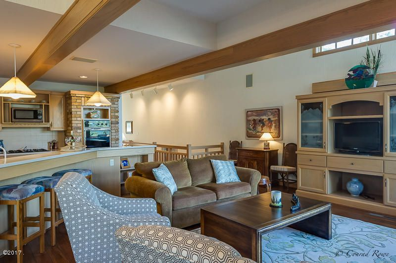 Additional photo for property listing at 2296 Houston Point Drive  Whitefish, Montana 59937 United States