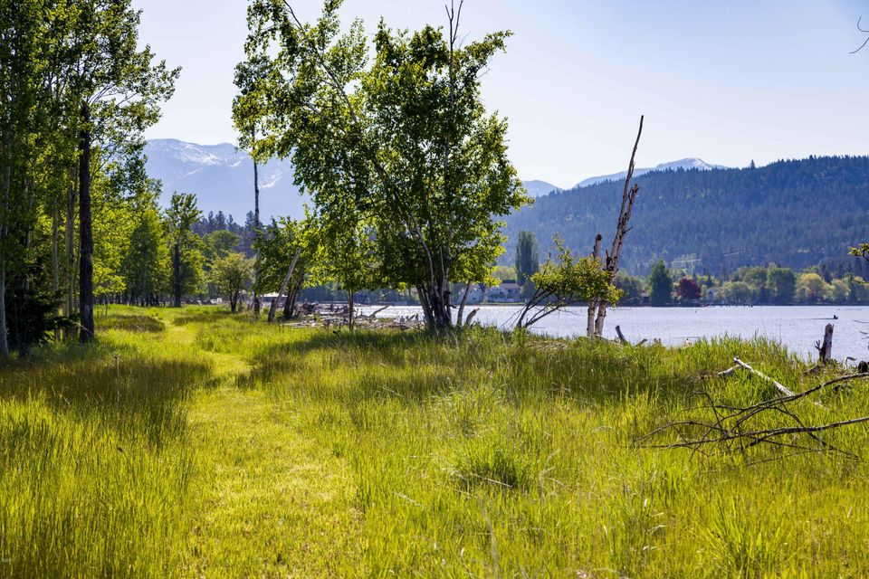 Additional photo for property listing at 340 Holt Drive 340 Holt Drive Bigfork, Montana 59911 United States