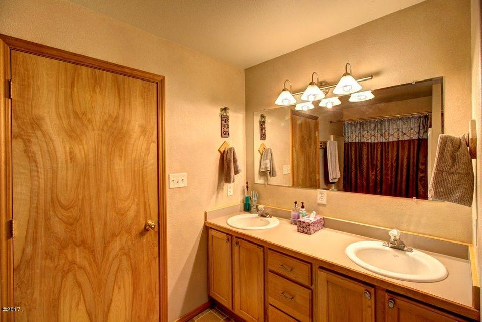 Additional photo for property listing at 39378 West Post Creek Road  Charlo, Montana 59824 United States