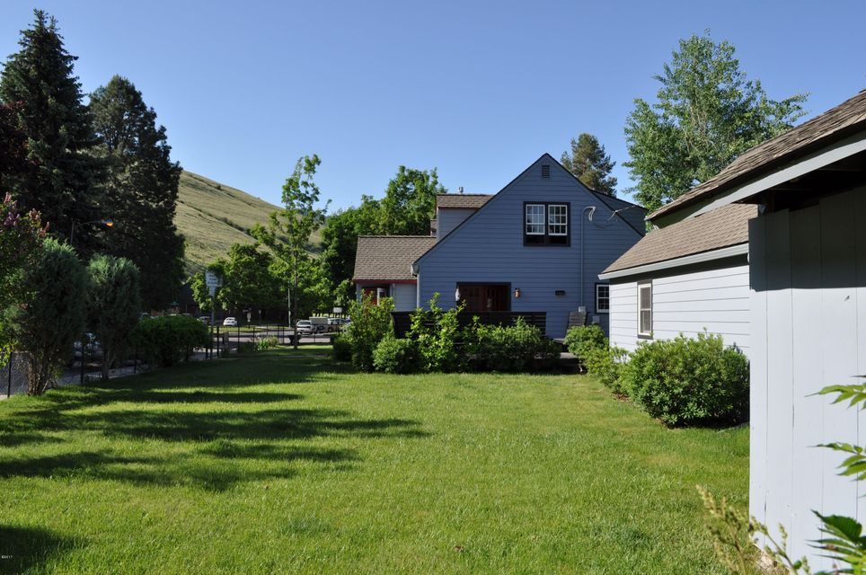 Additional photo for property listing at 1839 Mansfield Avenue  Missoula, Montana 59801 United States