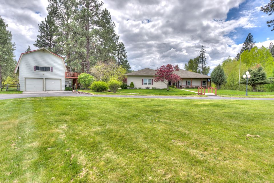 Single Family Home for Sale at 127 Grace Lane 127 Grace Lane Stevensville, Montana 59870 United States
