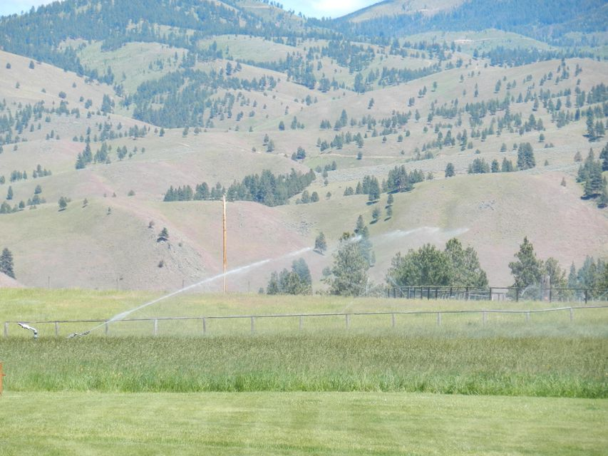 Single Family Home for Sale at 274 Whitebird Trail Darby, Montana 59829 United States