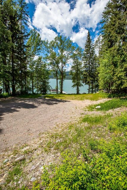 Additional photo for property listing at 2528 East Lakeshore Drive  Whitefish, Montana 59937 United States