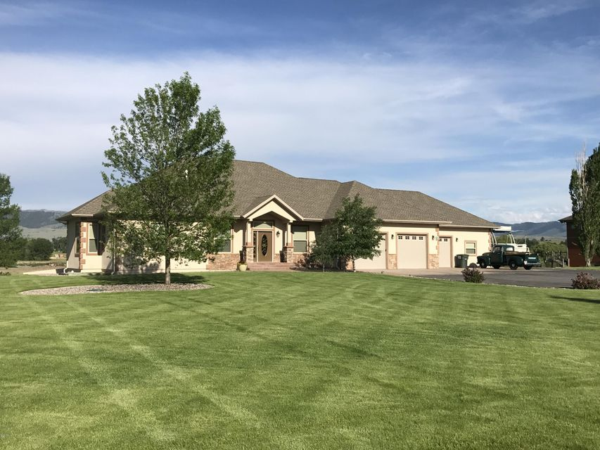 Single Family Home for Sale at 126 Jet Lane Hamilton, Montana 59840 United States
