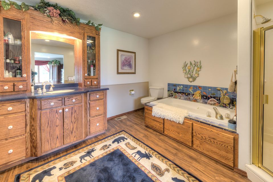 Additional photo for property listing at 141 Broken Spur Trail 141 Broken Spur Trail Victor, Montana 59875 United States