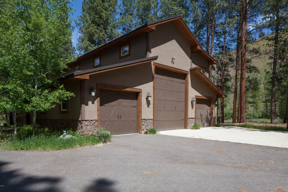 Additional photo for property listing at 710 Water Street  Darby, Montana 59829 United States