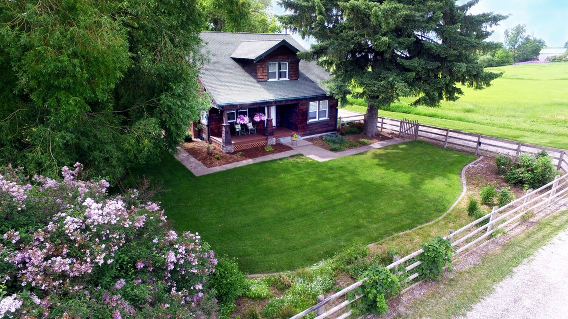 Single Family Home for Sale at 70 Creston Road 70 Creston Road Kalispell, Montana 59901 United States