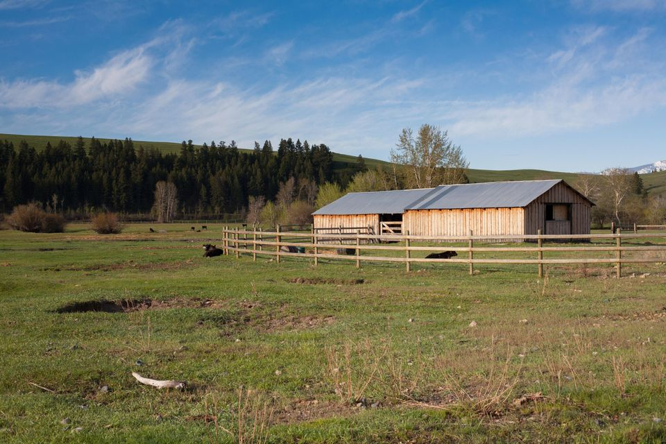Additional photo for property listing at 2926 Beck Hill 2926 Beck Hill Deer Lodge, Montana 59722 United States