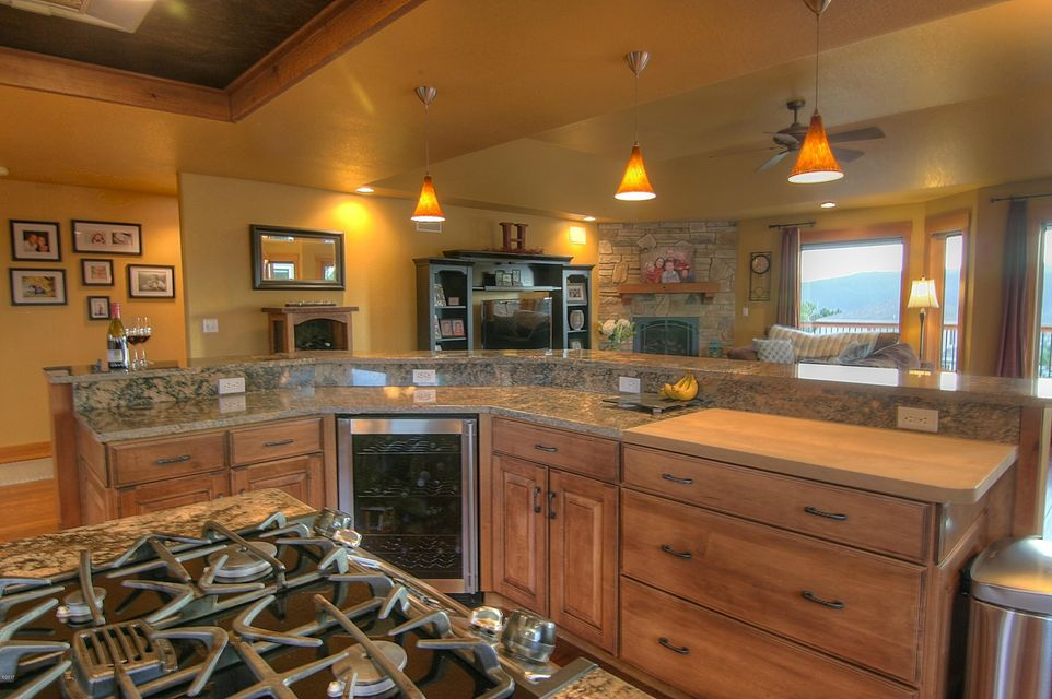Additional photo for property listing at 6315 Hillview Way  Missoula, Montana 59803 United States