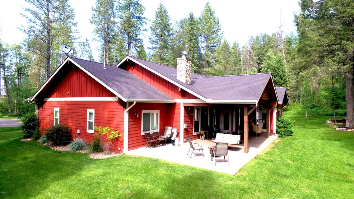 Single Family Home for Sale at 216 Tavern Lane Columbia Falls, Montana 59912 United States