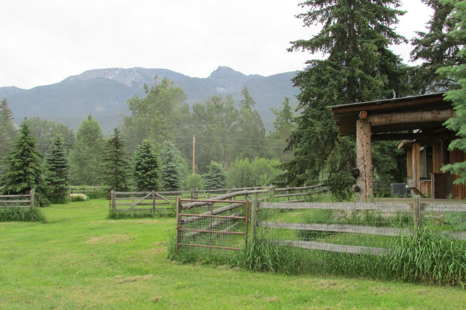 Single Family Home for Sale at 41763 North Foothills Road Ronan, Montana 59864 United States