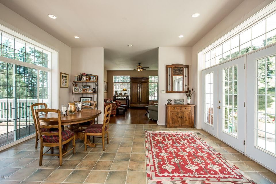Additional photo for property listing at 328 Glacier Ranch Road  Kalispell, Montana 59901 United States