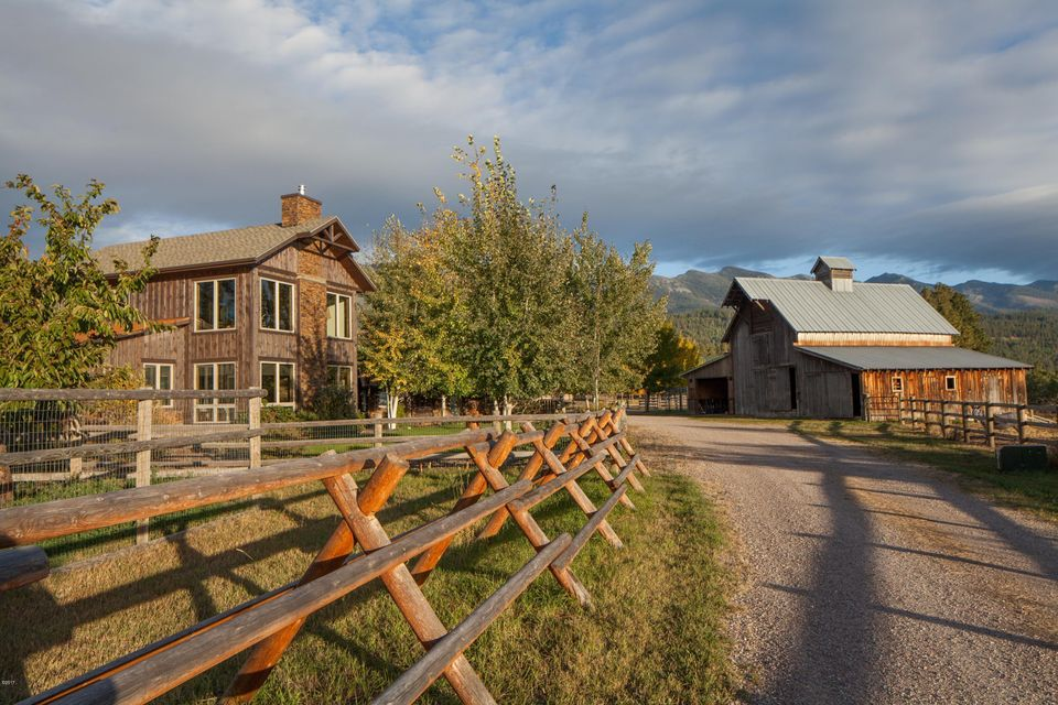 Single Family Home for Sale at 33927 South Finley Point Road Polson, Montana 59860 United States