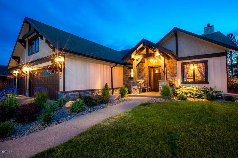단독 가정 주택 용 매매 에 147 West Swift Creek Way 147 West Swift Creek Way Kalispell, 몬타나,59901 미국