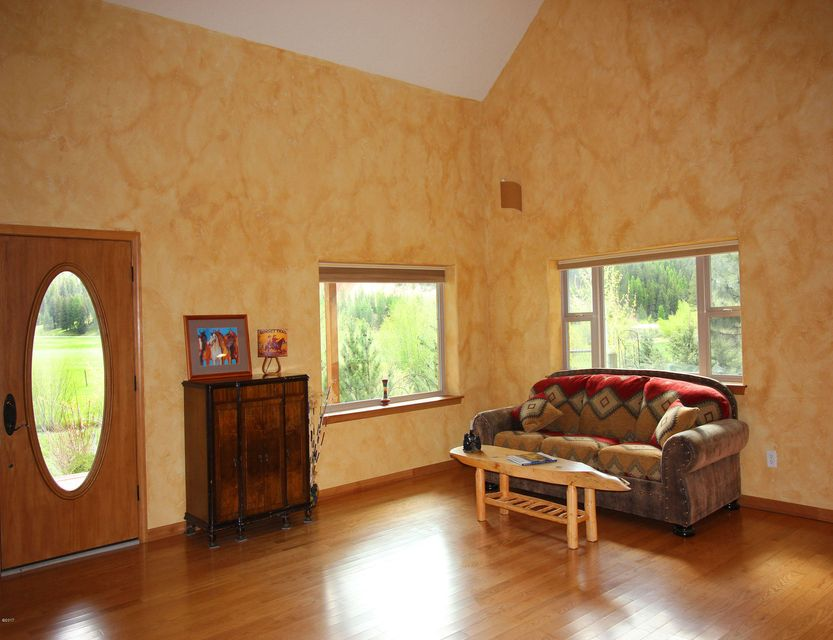 Additional photo for property listing at 703 Hole In The Wall Road  Potomac, Montana 59823 United States